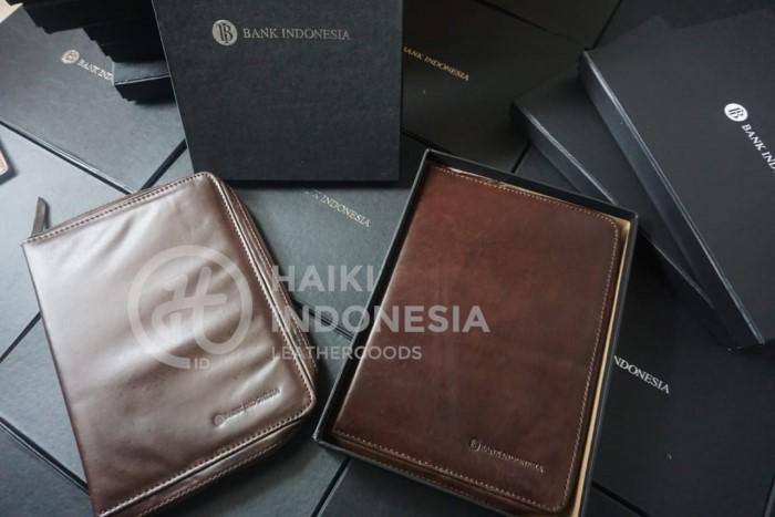 binder kulit pesanan dari Bank Indonesia