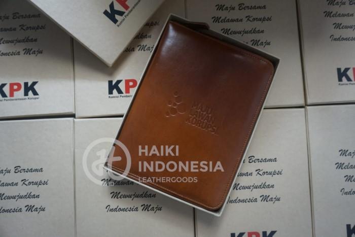 Desain Model Custom Sampul Buku Organizer KPK