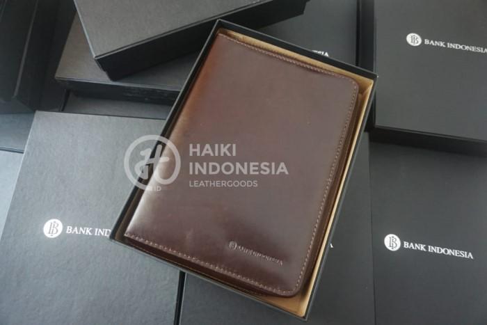 Desain Model Custom Sampul Buku Organizer Bank Indonesia