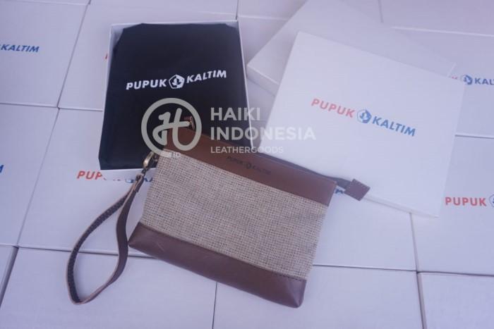 Handbag Clutch Kulit Souvenir Perusahaan di Balikpapan