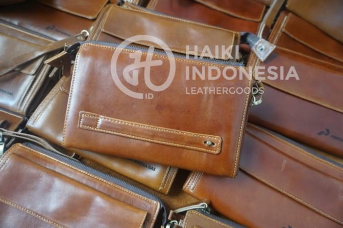 tas pouch kulit untuk acara ASEAN