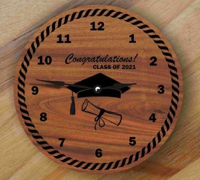 jam dinding graduation gift