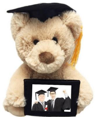 boneka beruang hadiah kelulusan